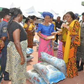 Her Excellency Nneoma Nkechi Okorocha presents gifts to Widows...